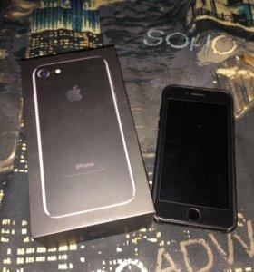 Продам iPhone 7 256gb