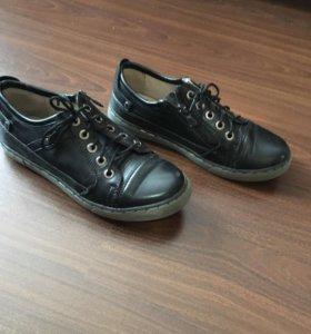 Обувь детская в хорошем состоянии р 33/34
