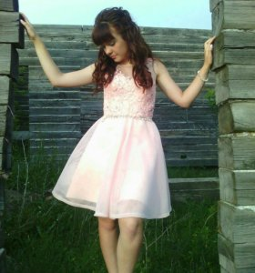 Платье на карсете