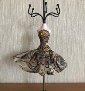 Подставка для украшений ( платье)