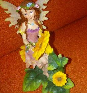 Статуэтка фея
