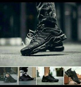 Новые кроссовки мужские в наличии 46 размер