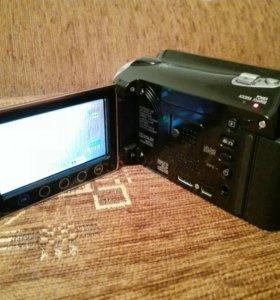 Видеокамера JVC Everio GZ-HD620BE