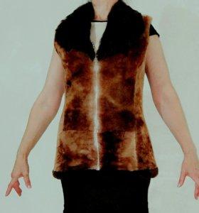 Жилетка цигейка безрукавка шуба полушубок куртка