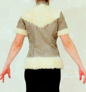 Жилетка кожа мех куртка