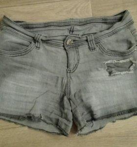 Шорты джинсовые на девочку 12-13 лет