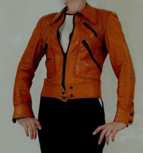 Кожаная куртка дубленка пальто плащ