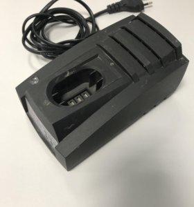 Зарядное устройство интерскол. 12 вольт.
