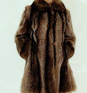 Шуба енот полушубок пальто шубка