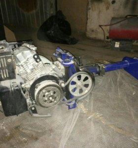 Мотор лодки Subaru.
