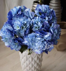 Искусственные цветы высокого качества, вазы
