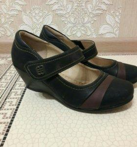 Туфли на платформе новые!!!