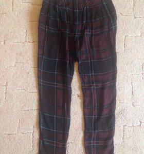 Лёгкие брюки Zara