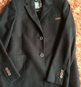 Пиджак клубный.
