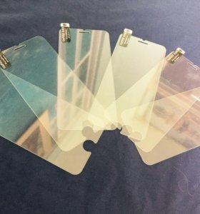 Защитные стекла на iPhone 5,6,6+,7