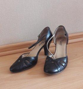 Туфли открытые р.36
