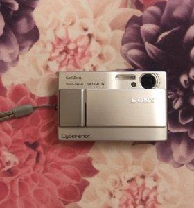 Фотоаппарат Sony Syber-shot 7.2 mega pixels