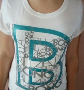 Футболка новая Billabong