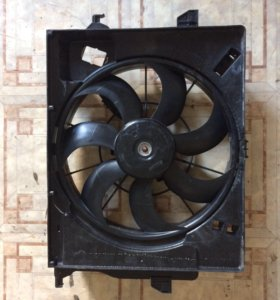 Диффузор радиатора Hyundai Solaris, Kia Rio