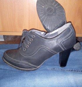 Ботильоны на каблуке