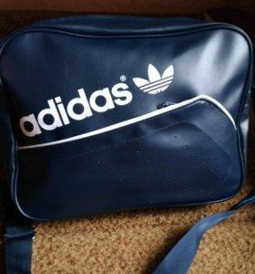 Новая сумка оригинал адидас Adidas