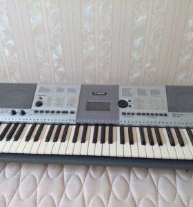 синтезатор Yamaha PSR-E403