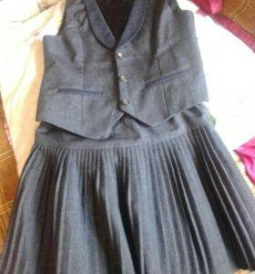 Школьная безрукавка и юбка