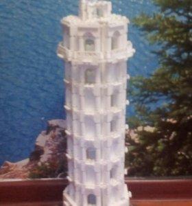 Башня из LEGO