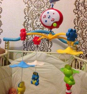 Детская музыкальная карусель на кроватку