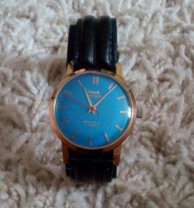 Часы HMT Sona