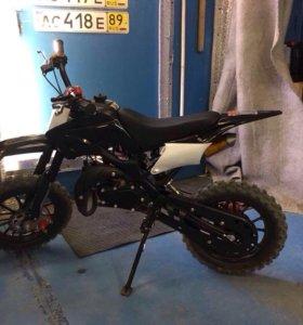 Кроссовый мотоцикл для детей