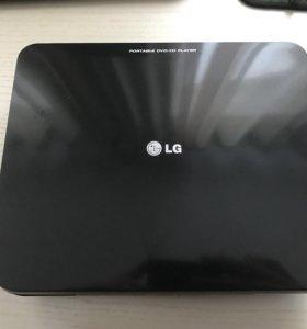 DVD проигрыватель LG DP450