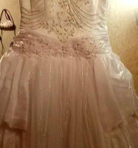 Свадебное платье.Новое.