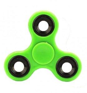 Зелёный спиннер новый