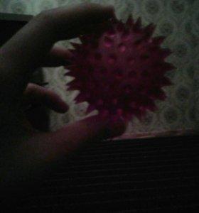 Мячик маленкий