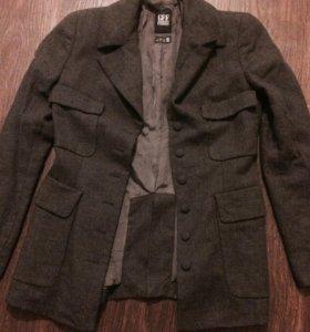 Новый пиджак Ferre