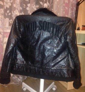 Куртка на 9- 10 лет