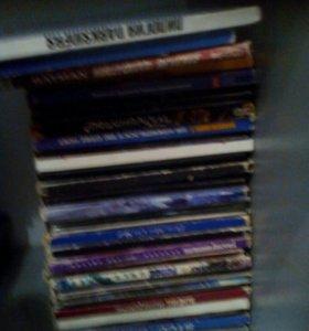 20-30 дисков игров,на слабые pc стоят от 20 до 50