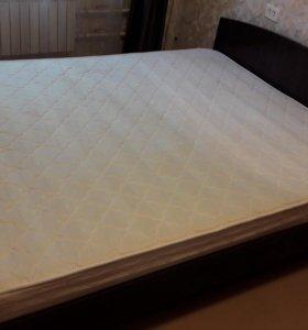 Кровать с матрасом 200×160