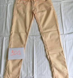Распродажа вещей!Коралловые штаны.размер 36(s)
