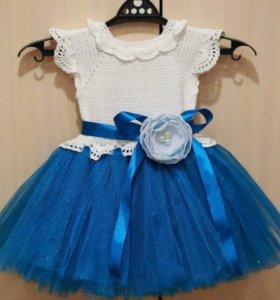 Платье с пышной юбочкой для девочки