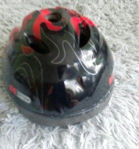 Продам шлем размера м (52-55)за 200рублей
