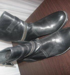 Ботинки- новые