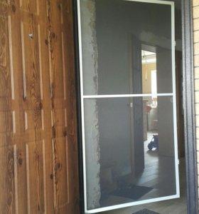 Антимоскитные двери