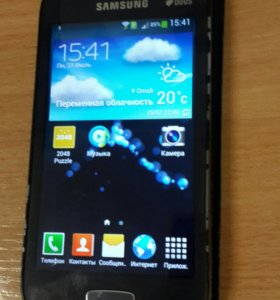 Смартфон Samsung Ace 3