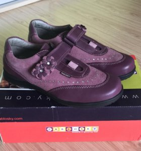 Новые ботинки Pablosky д/д р.35