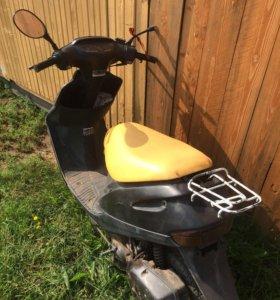 Продам скутер Honda Dio sr