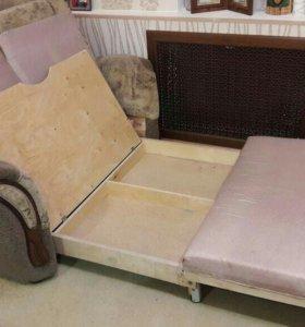 Малогаборитный диван