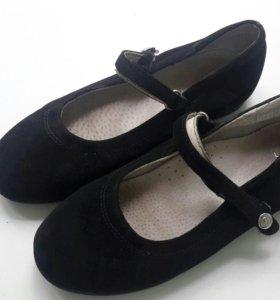 Туфельки для девочек