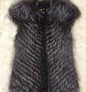 Новая жилетка - мех чернобурка